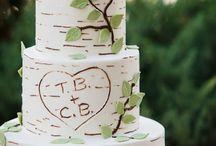Wedding Cake Designs / by Samantha Pokrajac