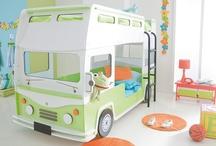 Kinder- und Jugendzimmer / Kid's room / Farbenfrohe Kinderträume – für kleine und große Tag- und Nachtträumer. / Kid's rooms for babys, children and teens.