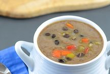 Soups and Stews / by Didi Concepcion
