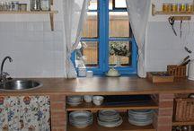 Kuchyňa vnútorná, murovaná drevená