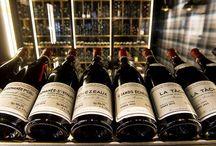 Cave à vins by P&B / Notre cave à vins recèle près de 450 références et plus de 4000 bouteilles : Bourgogne, Vallée du Rhône, Beaujolais, Sud-Ouest, Val de Loire, vins du Nouveau Monde. Des flacons de tous les styles et pour tous les prix.