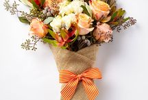 Presentation Bouquets / Creative twists on classic and simple presentation bouquets are our inspiration.
