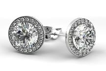Diamond Earring Buyers in Massachusetts / . We work with customers throughout Massachusetts who want to sell their diamonds, colored stones and fine jewelry, direct. http://sellyourdiamondsmassachusetts.com/sell-diamond-earrings-massachusetts.html