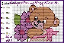 ursos em ponto cruz