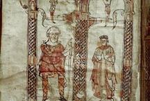 Vintzgau (de) Hildegarde (755 +783) Reine des Francs, épouse Charlemagne 771/72 / REINE DES FRANCS ET DES LOMBARDS. Préd: Désirée de Lombardie, Succ: Fastrade de Franconie. Née en 758, décès le 30 avril 783 (à 25 ans) à Thionville. Père: Gérold 1° de Vintzgau; mère: Emma d'Alémanie. Conjoint: CHARLEMAGNE en 771/2. Enfants: CHARLES LE JEUNE (v.772/3-811) ADELAÏDE (v. 773/4-774). ROTRUDE (v.775-810). PEPIN D'ITALIE (777-810). LOUIS 1° dit LE PIEUX (778-840). LOTHAIRE (778-779, jumeau de Louis). BERTHE (779-824). GISELE (781-814). HILDEGARDE (782-3).