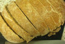 .breads. / by Cecilia Simchak