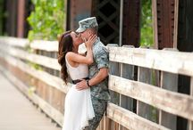 Engagement photo ideas / by Christina Black