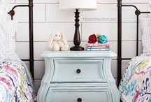 Amy Howard at Home / One Step Chalk Paint and Wax
