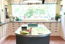 Craft Rooms / The perfect crafting space for DIY projects and crafts.
