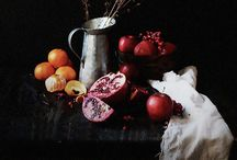 Chiaroscuro + Still life / Dramatic painting and photography still life inspiration
