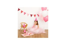 Party time and costumes / Everything you need for making the best party ever