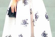 Mid skirt wowza