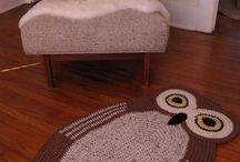 Tapetes / by Pepetos arte em crochê