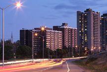 Kingsview Apartments / Live in one of Ottawa's most central locations- minutes from the city core but only a short stroll away from nature.The apartments are roomy and bright and have oversized balconies. Choose from our classic or upgraded suites!  The building is well-maintained and includes laundry facilities on every floor. Live-in building staff ensure fast and courteous response to service inquiries.