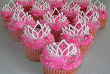 Cute Cupcakes / by Missy Biggs