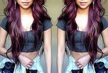 viininpunaiset hiukset