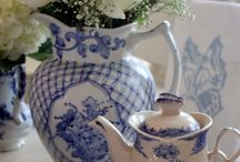 Blue & White Table Dressing / by Elise Smith