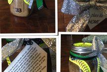 Gift ideas / by Kelli Fox