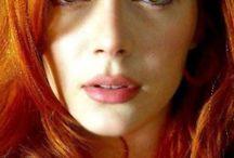 Elena Satine / Actress & Model