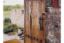 Farklı ülkelerden ev kapıları