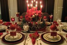 Christmas Table settings / Different Christmas decorating ideas for family events or maybe a Christmas Tea at your Church