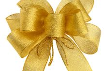 Crafts: Flowers, Ribbons & Bows / by Stacey Hoffman