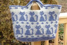 Knit cat bag