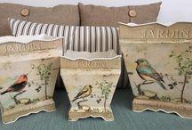 Bird Decor / I love to decorate with birds