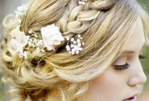 Hairstyles We Love / Wedding Hair Inspiration