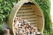 Arch Log Store / This curvaceous Timber Log Store is a beautifully designed, shapely outdoor store to create a stand-out feature in your garden.