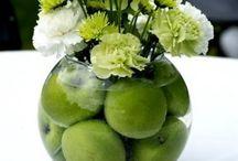 fruit in vaas
