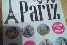 paříž / kniha cestování po paříži