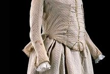 historical maternety clothes