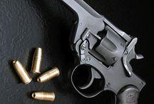 Revolvers, revolvers...