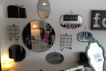 Mirror mirror on the wall / Mirror obsession