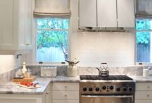 Kitchens / My favorite kitchens from Pinterest. Colorful cabinets, backsplashes, and farm sinks