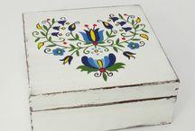 Kaszubskie Pudełeczka, skrzyneczki / Ręcznie zdobione i  malowane we wzory kaszubskie.