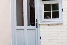 Agate Grey Windows and Doors / Evolution offer a bespoke colour matching service, so if you have found a particular colour you love or wish to replicate an existing colour present in your property, we can colour match it, creating a window which is truly unique to you and your home.