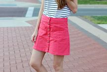 How to wear a skirt and sneakers / How to wear a skirt and sneakers