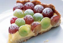 Delicious Desserts / by Rachel McKelvie