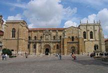 VISITA AL PANTEON DE LOS REYES DE SAN ISIDORO / Fotos capturadas por nosotros mismos, y que otorgan nuestra visión sobre el Reino de León, el arte románico, el Panteón de lso Reyes, etc..
