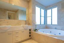 Sunshine Coast Houses: 42 Orient Drive