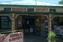 Broodblik en Koffiepit / Bakkery en Koffiewinkel Varsgebak: Boerbrood, Pasteie, Beskuit, Konfyt