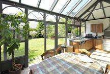 Veranda / Découvrez comment aménager et décorer harmonieusement une véranda pour en faire une véritable pièce à vivre.