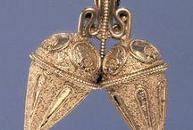 Etrusk jewelry