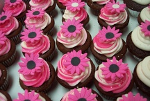 cupcakes / by Rhonda Thomas