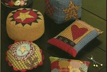 Pin Cushions♡☆ / by Esteme van Zyl