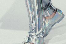 to wear / by Alexandra Georgescu