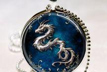 jewelry - necklaces & bracelets