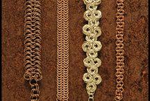 Smykker lavet af metaltråd